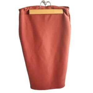    MISSGUIDED    Size 8 Burnt Orange Ribbed Skirt